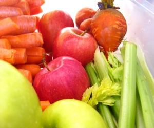 Green Apples, Golden Beets, Gala Apples, Celery, Carrots